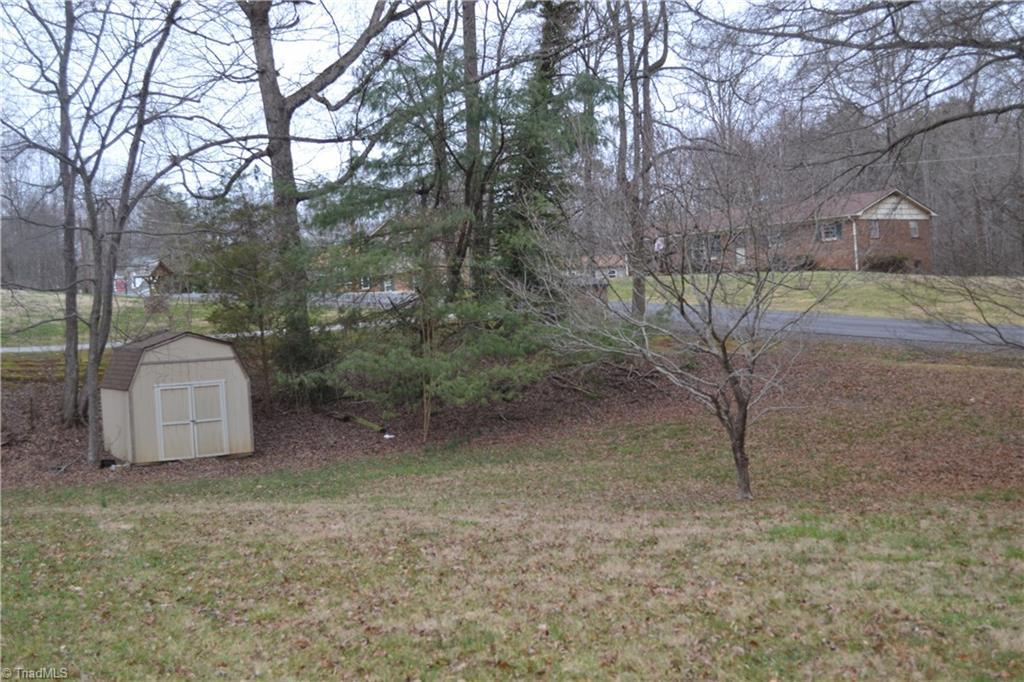 115 Calloway Ln, State Road, NC, 28676