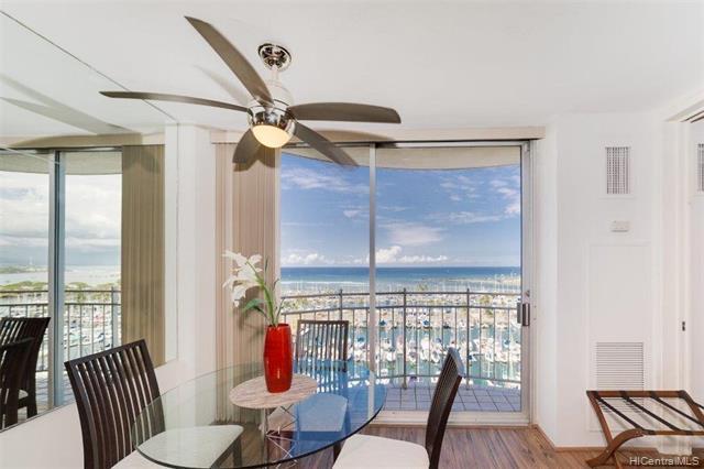 BEAUTIFULLY FURNISHED, High Floor, Turn Key Vacation Rental w/views of Lagoon FIREWORKS, Panoramic O