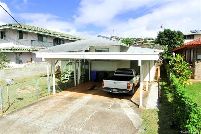 LOCATION LOCATION! Lots of potential to transform this ordinary home into an extraordinary family ho
