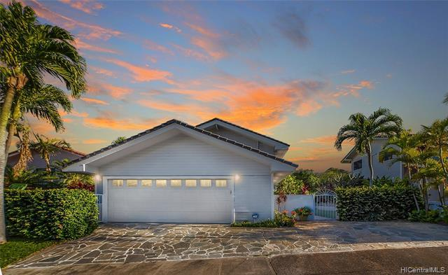 """Welcome home to 7425 Mokuhano, a """"custom designed"""" masterpiece by well known Hawaii architect - Frit"""