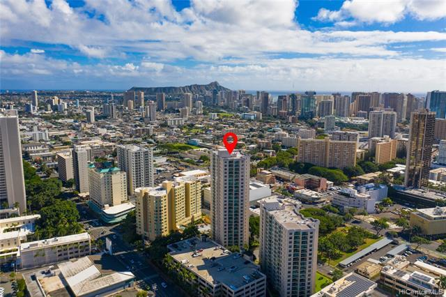 ULTRA CONVENIENT TOWN LOCATION!!! This building has rare features with fire sprinklers, on-site resident manager, 24 hr security guard on patrol, low maintenance fees, and 1997 construction! The unit enjoys cool mauka breezes and features luxury plank flooring, split AC, a new toilet, and fresh paint. This is right around the corner form Kapiolani Medical Center, near Punahou & Maryknoll schools, and convenient to grocery stores. This one is perfect for anyone from first time homebuyers to investors, do not miss this opportunity!!