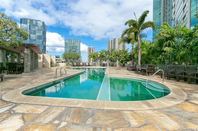 Elegant, Koolani! A luxurious building with resort-like amenities...stunning lobby, heated pool, Jac