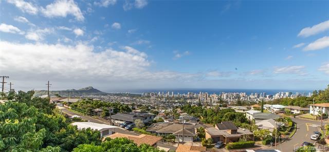2538 Peter St, Honolulu, HI, 96816