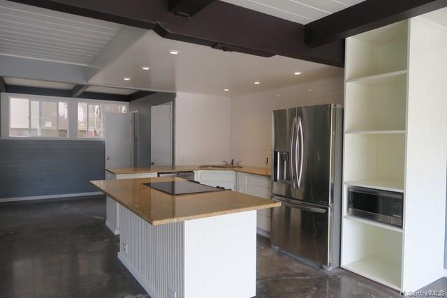 ***NEW Listing*** Enjoy the healthy lifestyle of living in this newly renovated 2 Bed and 1.5 Bath w