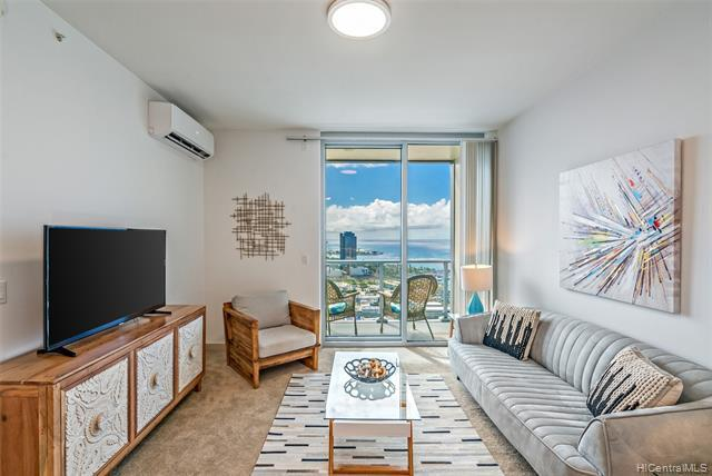 Motivated Seller! Gorgeous Diamond Head facing Penthouse with spectacular ocean views in the heart o