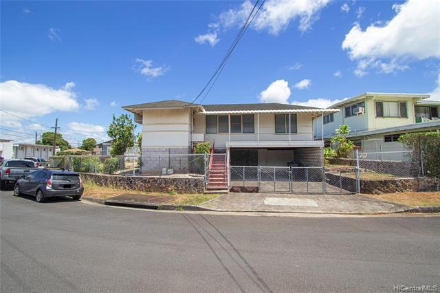 NEW LISTING!!  Don't miss this well maintained, super clean 3 bdrm/1 bath home on an over 5000 sf level lot conveniently located in Kalihi Valley! Features include a nicely landscaped enclosed yard and LOTS of extra storage! Nearby restaurants, shopping, buslines, and entertainment, this is a fantastic opportunity!