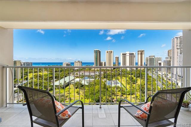 430 Keoniana St #1306, Honolulu, HI, 96815