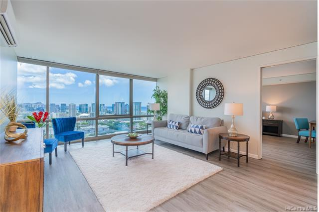LUXURY DIAMOND HEAD VIEWS from this PENTHOUSE level unit! This highly desirable, '07 stack, 2 bed, 2 bath unit has been meticulously maintained and upgraded with California Closet systems, luxury vinyl floors, and automatic blinds!  Open concept kitchen with high-end appliances and amazing building amenities make this the perfect place to entertain!  Complex is conveniently located in the heart of Downtown Honolulu, is walking distance to shops, bars, & restaurants like Tchin Tchin, Pig and the Lady, and Senia, and is near Queen's Hospital. Side by side parking stalls are next to an xtra large storage unit and building features high end amenities such as 24hr security, gym, infinity pool, theater, dog park, BBQ cabanas & more! Come and see