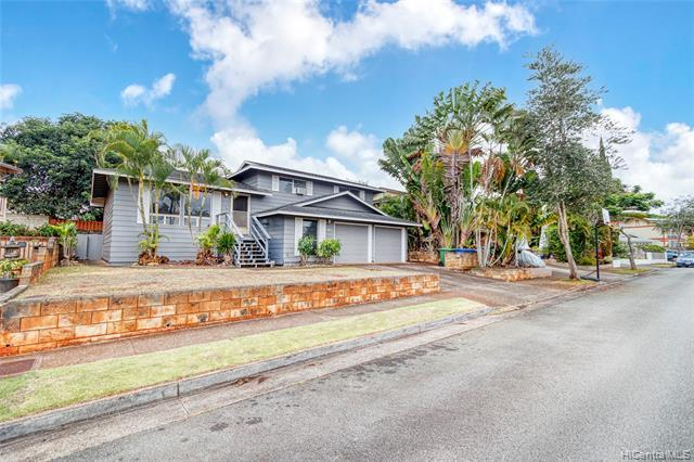 New LISTING in Mililani ready for your finishing touches!