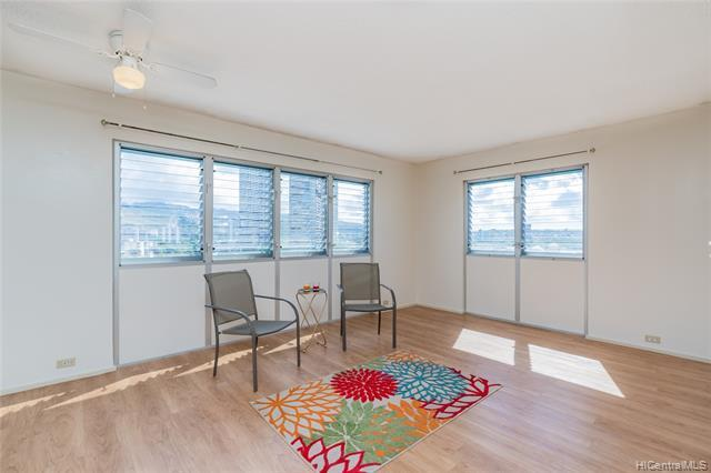 Convenient location!  1bd/1bath/1 covered pkng corner unit with city and mountain view. Few minutes walk to Iolani School. Minutes away from Waikiki, Ala Moana shopping center, University of Hawaii, Mid PAC school.  Laminant flooring, new paint. Lobby recently renovated. Pet friendly building.