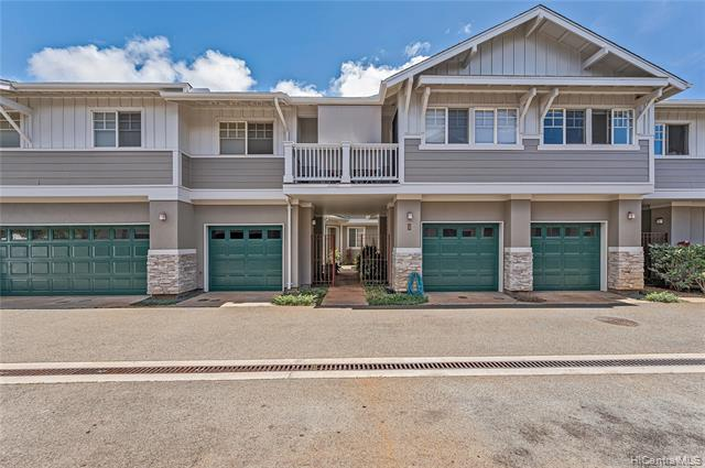 Rarely available townhouse in Kalama Kuu! This spacious townhouse of over 1200 square feet interior,