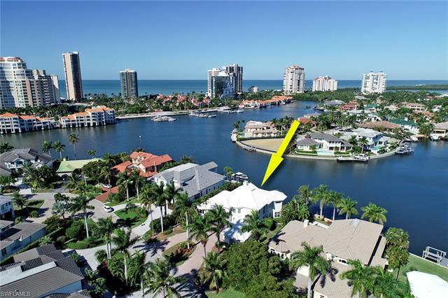 An oasis that catches best of the Naples sunrises & sunsets. Offering expansive water-views. A boate