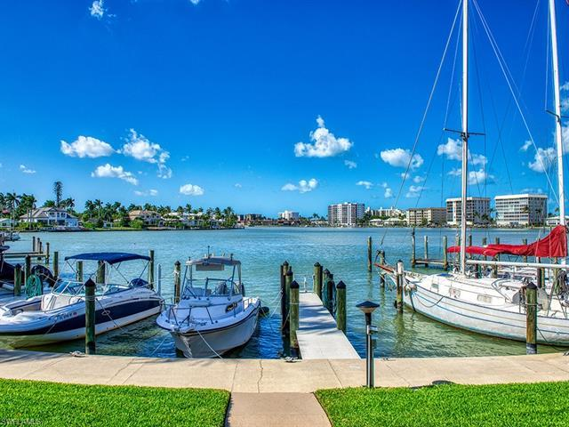 370 Harbour Dr 370, Naples, FL, 34103