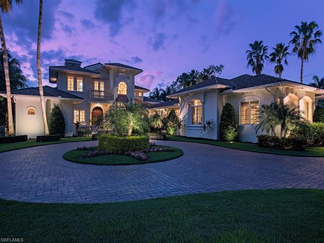 Welcome to Resort Style Living, Welcome to Grey Oaks. Don't miss this immaculate, 5 bedroom + den, 5