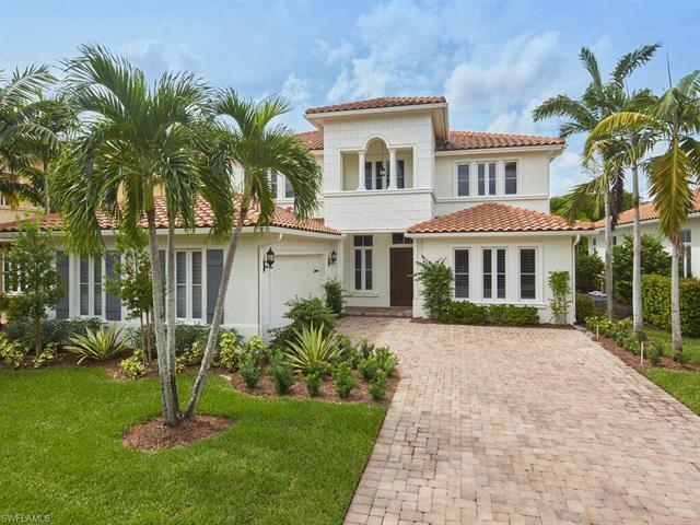 Bright and open, this stunning home in Grey Oaks in Torino is ideal for entertaining. With soaring h