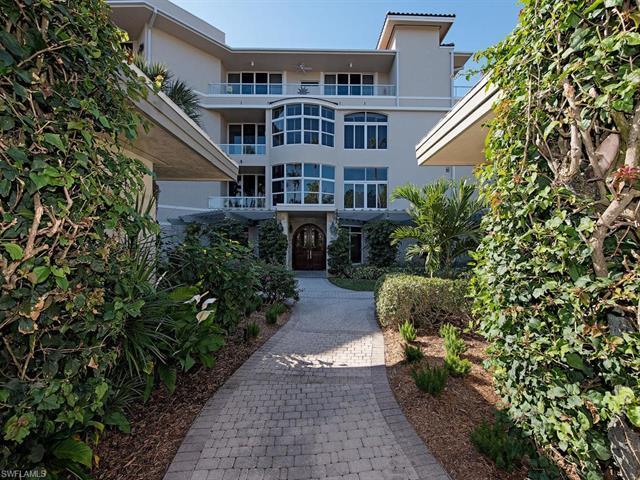 2630 Grey Oaks Dr N B-19, Naples, FL, 34105