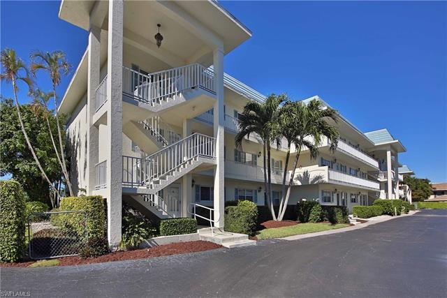 3055 Riviera Dr 203, Naples, FL, 34103