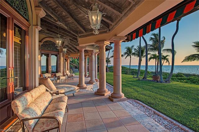 H.14115 - Over 1.5 acres and more than 150 ft. of direct beach frontage this is a rare offering. Mag