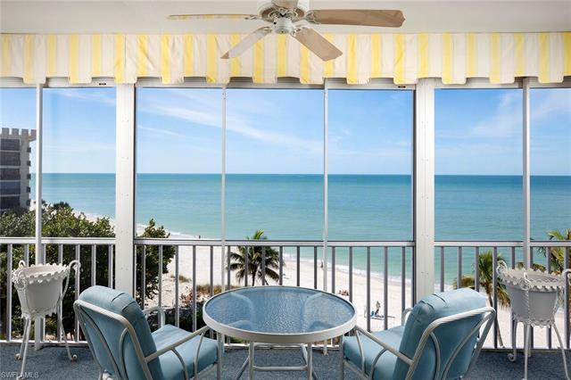 Sweeping Gulf views and a spacious floor plan are the highlights of this beachfront property. Beauti