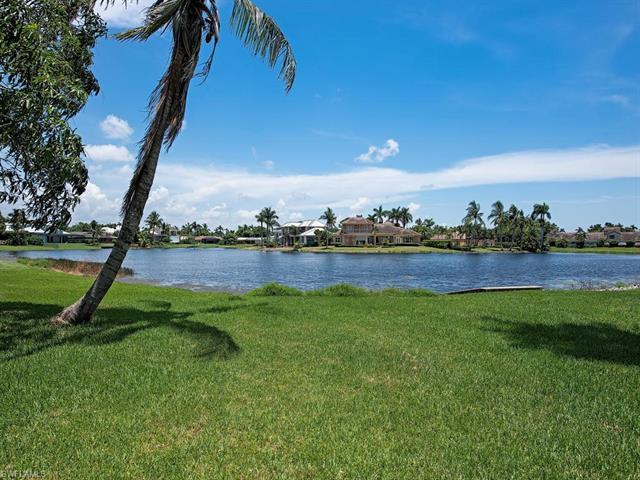 H.15764 South facing waterfront lot,lushly landscaped with renovated single family home in the heart