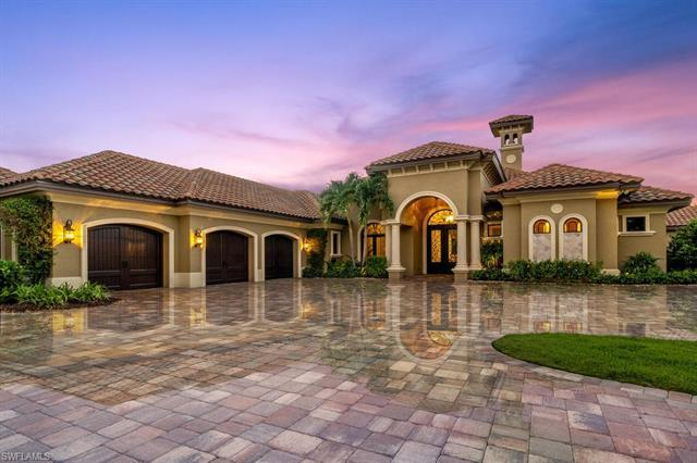 This award winning Cambridge model by Florida Lifestyle Builders sits on a lushly landscaped 29,000