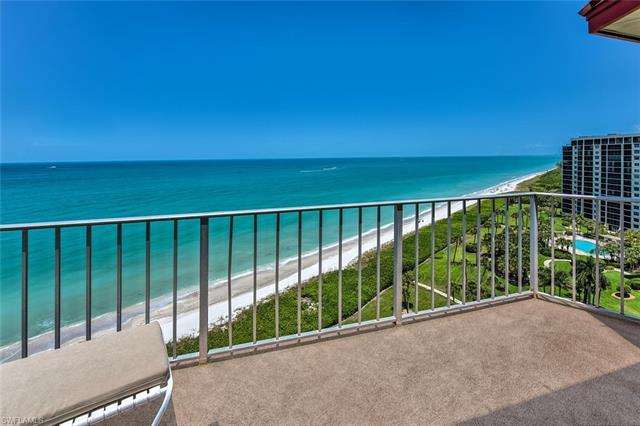 Move on up to this fantastic penthouse with gorgeous western views of the Gulf of Mexico and spectac
