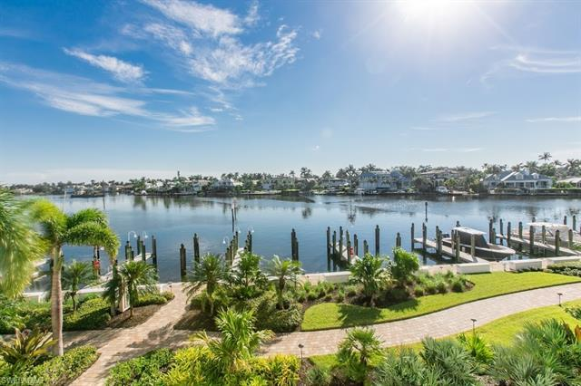 Looking for a WOW view?  Have the best of everything with this totally remodeled Bayfront condo with
