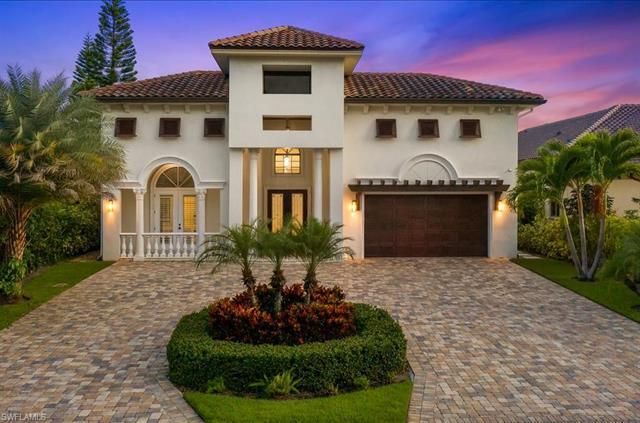 Discover the ultimate Florida lifestyle with this gorgeous residence in the sought after location of