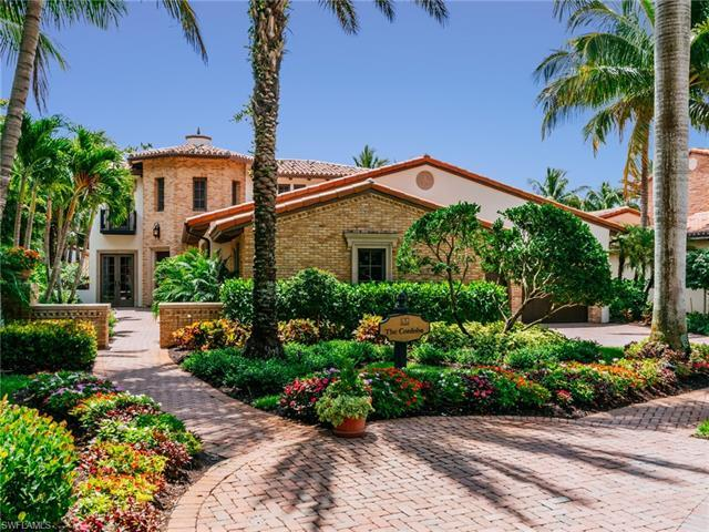 **Golf membership available to purchase** This spectacular southern exposure home with beautiful lak
