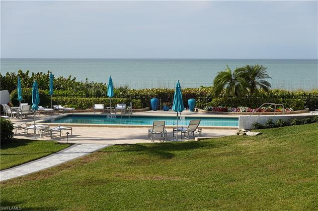 C.17591 1st floor condo on the beach in Cloisters with 2 bedrooms + Den and 2.5 Bathrooms. Bright co