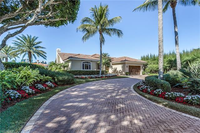 Park Shore 4 bedroom 3 full bath waterfront  home.  Absolute mint move-in condition.  Large family e