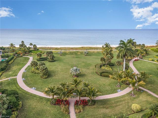 You'll be living the dream in this luxury condo in Esplanade Club at Park Shore, a 4 ½ acre beachfro