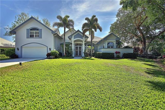 Estate Home - 6 bedrooms – 5 bathrooms - open floor plan - high ceilings - large kitchen with Island