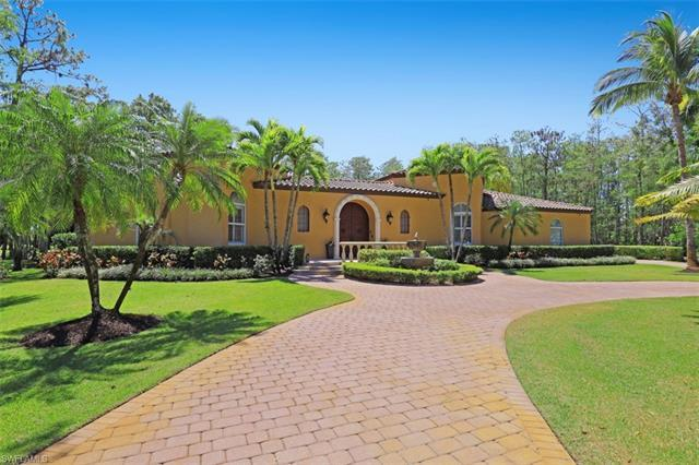 This courtyard home will provide you the ultimate in Florida living nestled on an oversized golf cou
