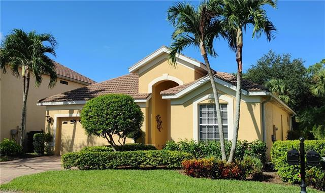 3 Bdrs, 2Bths, Single family home with large screened-in lanai, heated pool and spa and Western expo