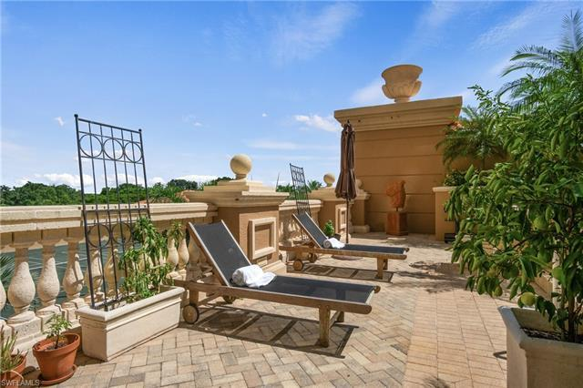 Get ready for truly SENSATIONAL LIVING: feels like a singe family home with a HUGE sunrise terrace a