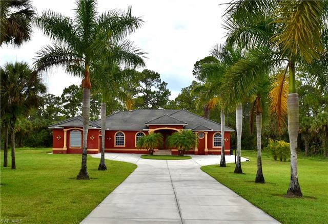 Beautifully built and maintained home on 2.7ac in the heart of the Estates. This stunning 2800+ sqft