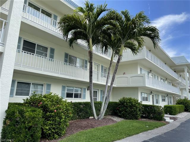 3055 Riviera Dr 102, Naples, FL, 34103