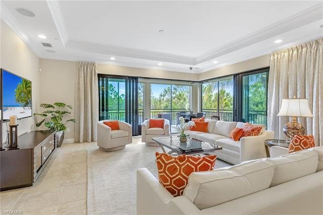 Extraordinary, panoramic golf course and lake views from this turnkey-furnished Esperanza condominiu