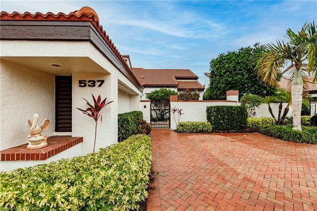 537 Bay Villas Ln 100, Naples, FL, 34108