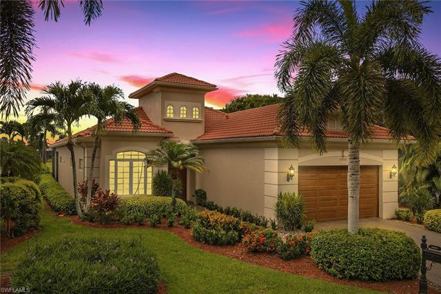 Stunning Long Lake views in this perfect Southwest Florida retreat. With almost 2700 sqft, this 3+de