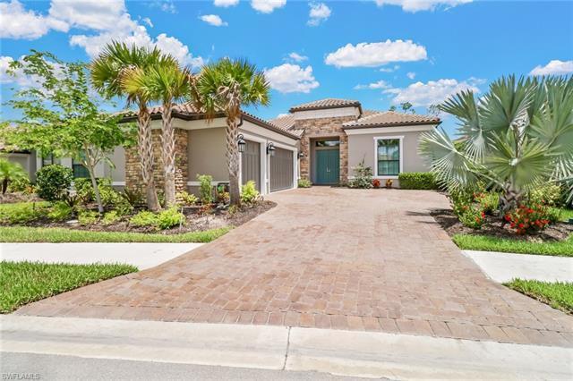 Gorgeous Francesco model situated on a tranquil private cul-de-sac lot being move-in ready and offer
