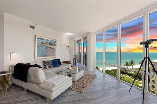 This beautifully designed home offers spectacular panoramic views through floor-to-ceiling windows,