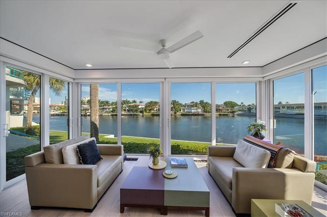 255 Park Shore Dr 3-310, Naples, FL, 34103