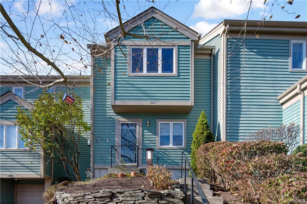 5502 Manor Dr, Peekskill, NY, 10566