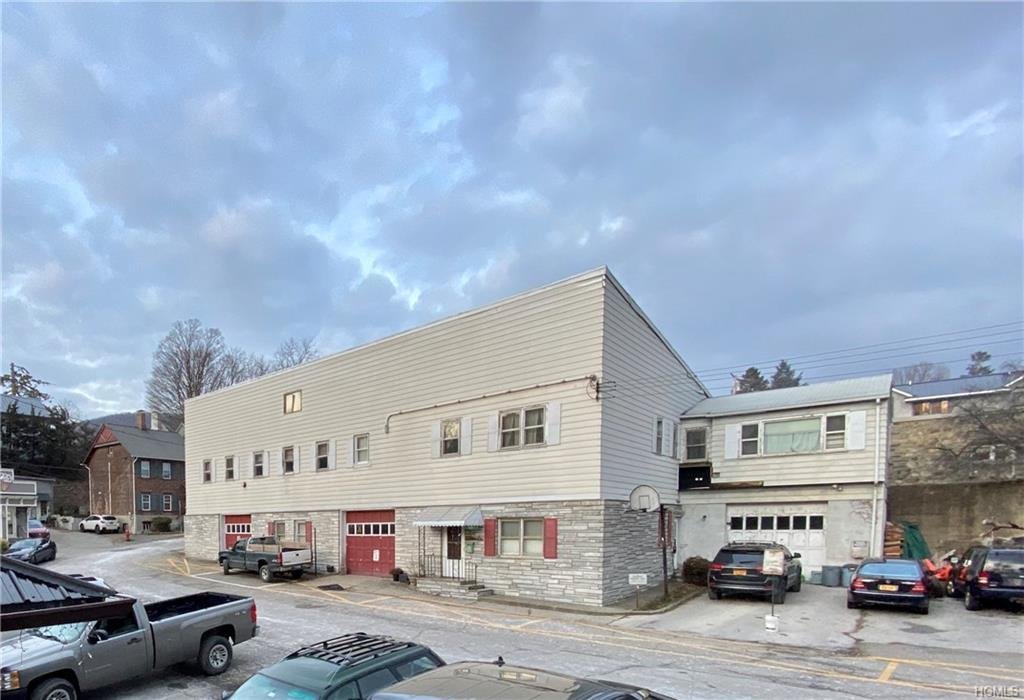 This former textile and garment factory has occupied prime real estate in the village of Cold Spring