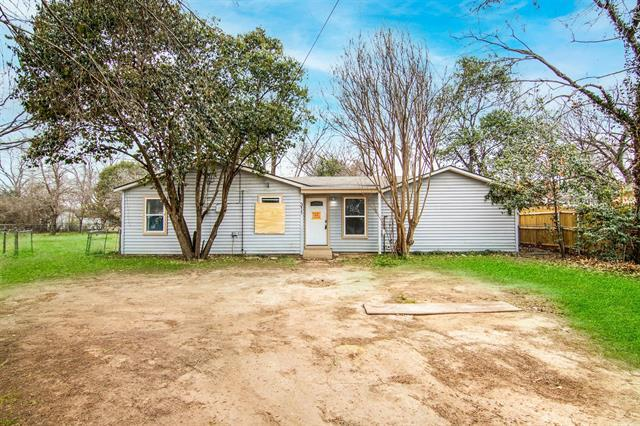 Highest and Best is due MONDAY, 4-12-21, 10AM. All offers received after this deadline will be held as back-up. Adorable home on large lot with landscape and trees. Home features 4 bedrooms and 2 bathrooms.  Easy access to shopping, dining, entertainment and much more. Check this home out today before it's too late! Room measurements needs to be verified.