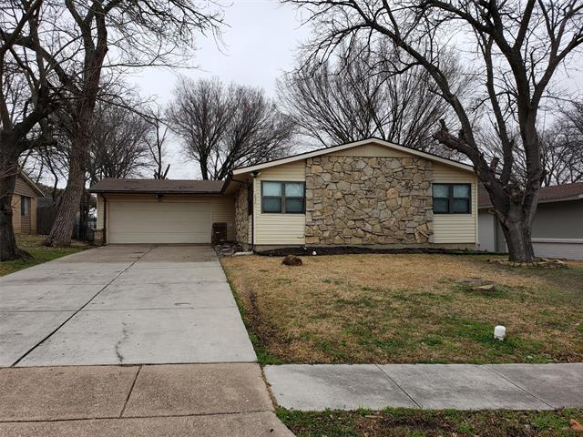 Great opportunity to own an affordable home close to downtown Dallas! This great 3 bedroom, 2 bathroom home is ready for its new owners. The home has laminate hardwood flooring throughout the home so maintenance is minimal. Bathrooms have been updated. Home does need some work, though, so be prepared to come make it your own! Home will be sold as is, where is. Buyer to verify any and all information.