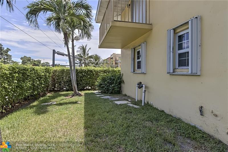 11 SW 4th Ave #01, Boca Raton, FL 33432
