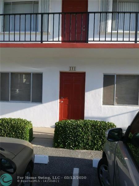2840 Lake Osborne Dr #111, Lake Worth, FL 33461